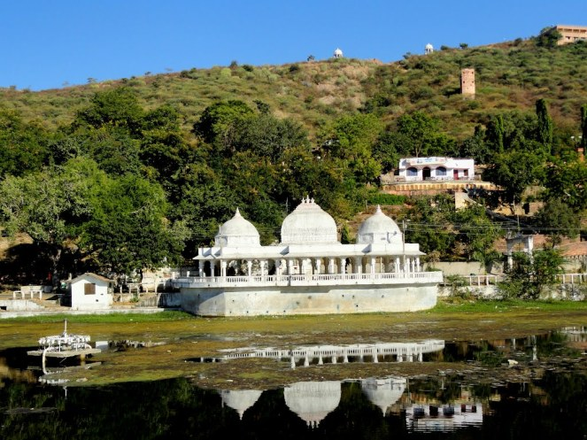 Cab Booking in Udaipur
